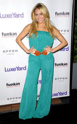 th_324166191_CassieScerbo_LuxeYardStyleLaunchParty_Hollywood_270312_102_122_548lo.jpg
