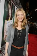 Lisa Kudrow, ''Easy A'' Premiere in Los Angeles  13/09/2010